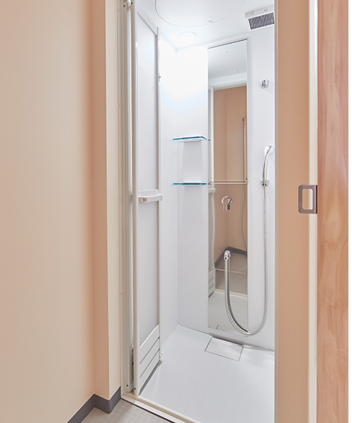4F Women's  Shower room